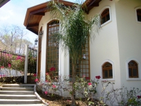 Casa Colinas - Front